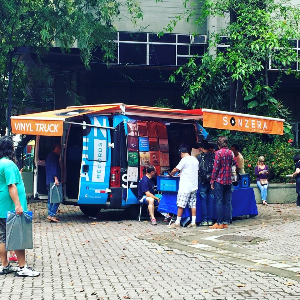 Sonzera Records - o primeiro vinyl truck brasileiro